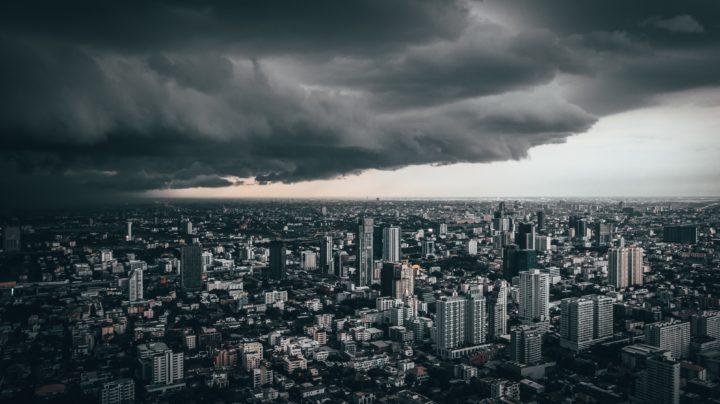 Düstere Wolken am Himmel der Fed Marktkommentar KW 24